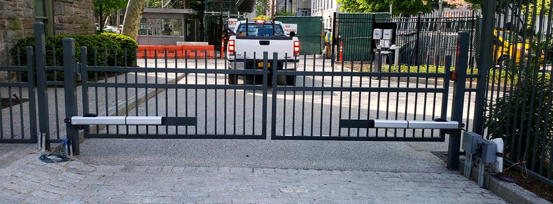 Double gates with FAAC operators